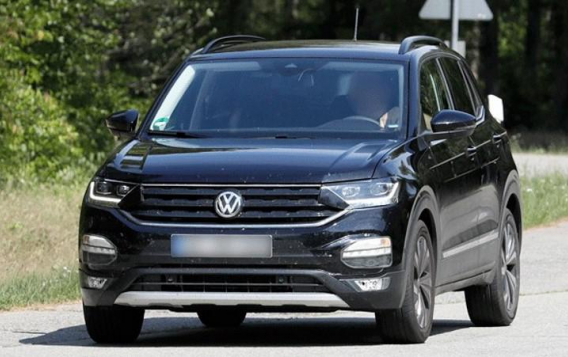 Jornal do Carro testa o T-Cross, o novo SUV compacto da VW